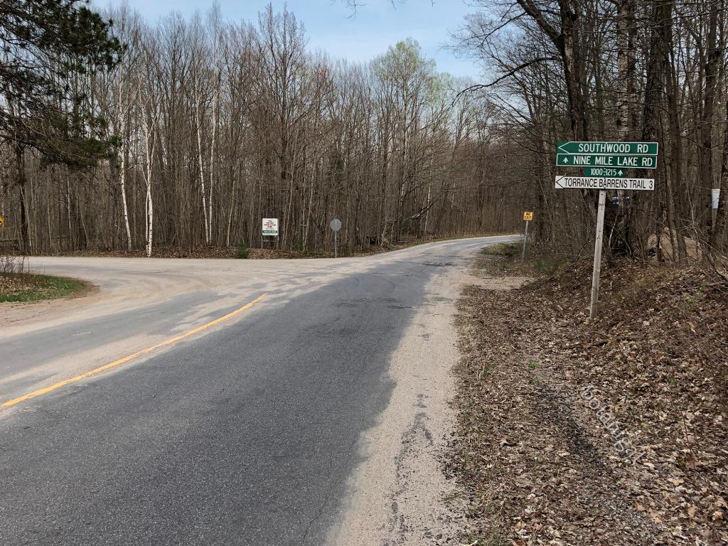 Torrance Barrens Trail